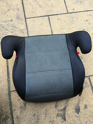 Halfords Car Booster Seat 15-36kg Black And Grey (Used) • 3£