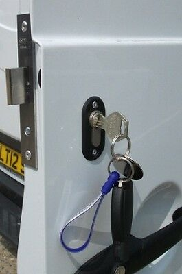 Thatcham Approved Van Security Dead & Slam Locks Supplied And Fitted MIDLANDS • 149£