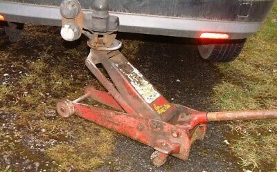 HEAVY DUTY INDUSTRIAL TROLLEY JACK Used But Fully Working , Handle Removeable • 29.95£