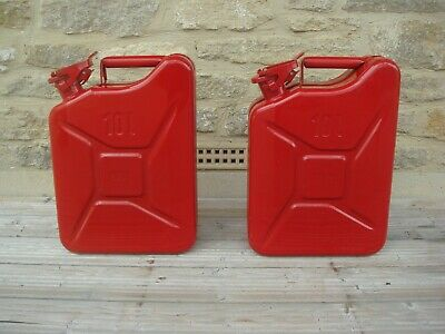 10 'Litre' Jerry Can X 2 In Red • 32.50£