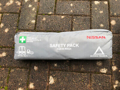 Nissan Note Micra Juke Qashqai Car Combi Bag First Aid Saftey Kit With Vests New • 12£
