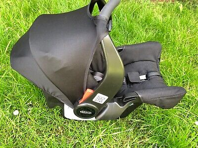 Graco Snugfix Car Seat Used Group 0+ With Adapter Ideal For Second Car Etc • 15£
