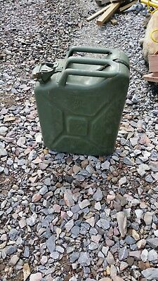 Jerry Can • 13£
