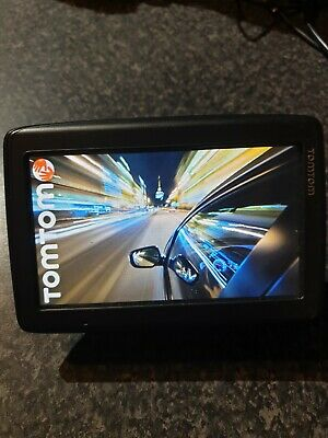 TomTom Via 4EQ50 GPS Lifetime UK & All Europe Maps With Window Holder Charger • 15.50£