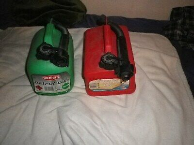 2 X Fuel Petrol, Diesel Jerry  Cans 1x  Green 1 X Red, £1 Start, Buyer Collects. • 1£