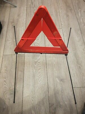 Genuine Audi A4 A6 S6 Rs6 Skoda Seat Vw Emergency Boot Trunk Warning Triangle  • 5.99£