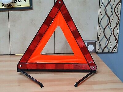 Brand New AA Warning Triangle For Breakdowns Hazards Car Caravan Collapsible  • 4£