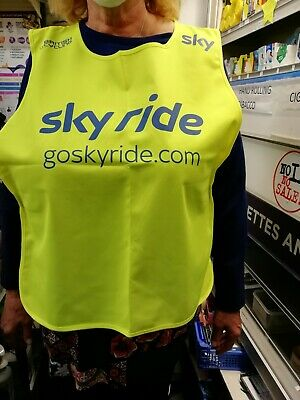 5 X  Adult Safety Vest , Neon Yellow, Size Large,Velcro Side Fasteners.Skyride. • 5£