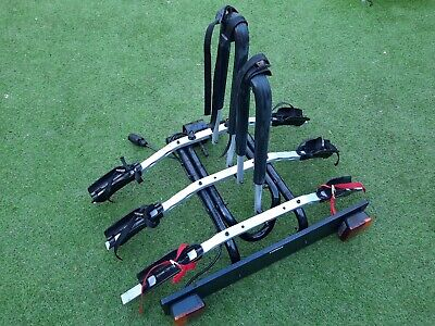 Thule 3 Cycle Tow Bar Bike Carrier Excellent Condition Tilts To Open Tailgate • 99.99£