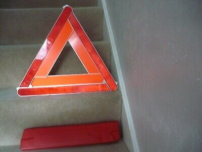 Halfords Euro Warning Triangle With Case • 2.99£
