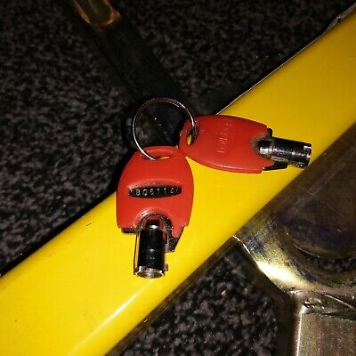 Wheel Clamp Bulldog Fully Adjustable To Different Wheel Sizes With Keys • 40£